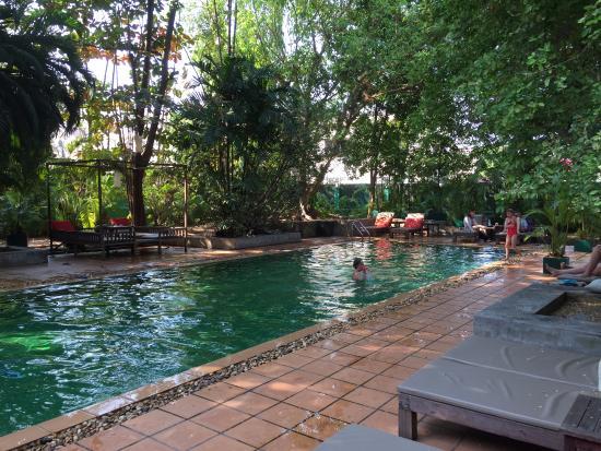 The Kabiki: Swimming pool