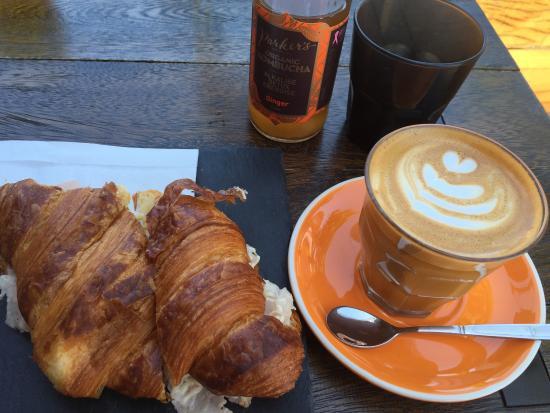 Rosebery, Australien: Little Me Coffee