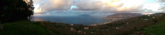 Sant'Agata sui Due Golfi, Italy: Panorama dal Monastero