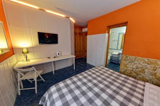 hotel elcano malaga: