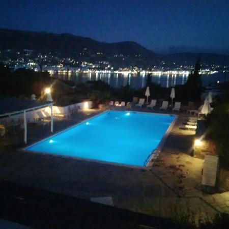 Akrotiri Hotel : Vue du restaurant de l'hôtel