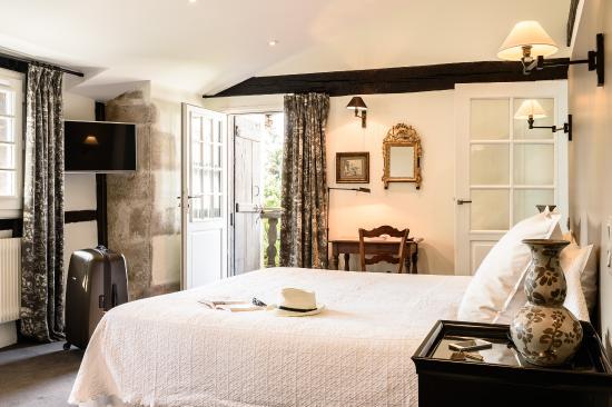 Hôtel-Restaurant Arraya : Chambre Suite