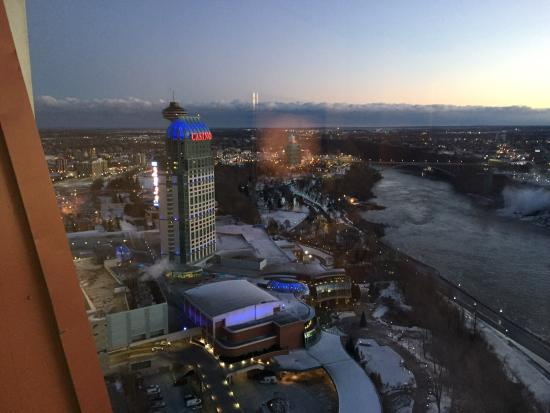 city view from room picture of embassy suites by hilton niagara rh tripadvisor ca