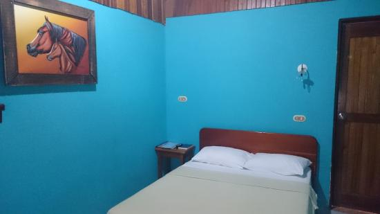 Hotel Arenal Rossi: Room
