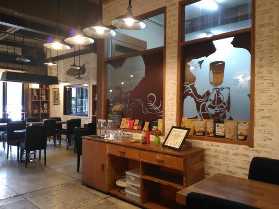 Cafe Noah interior cafe picture of noah s barn coffeenery bandung tripadvisor
