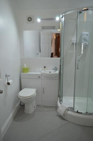 Brightlingsea, UK: Typical en suite shower room