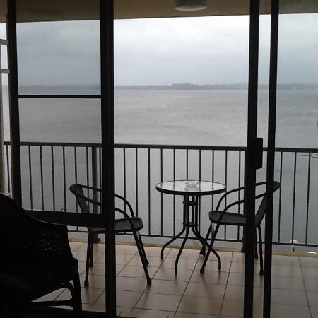 Toukley, أستراليا: Balcony overlooking Lake