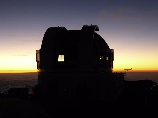 Mauna Kea Summit Adventures: Telescope opening