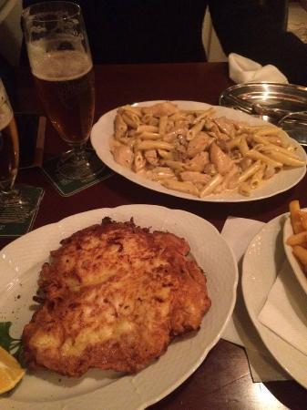 Twenties: Pasta panna e funghi, pollo al cheddar