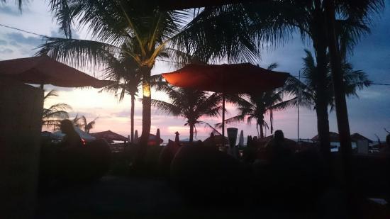 Legian Beach Hotel: DSC_0112_large.jpg