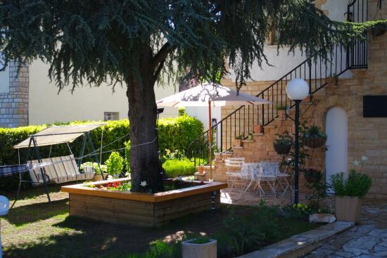 le balcon des jasses esp re france voir les tarifs et avis chambres d 39 h tes tripadvisor. Black Bedroom Furniture Sets. Home Design Ideas