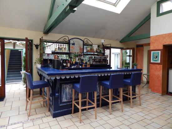 Villa Des Impressionnistes : Bar