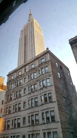 Hotel Metro: View of Empire State building from our room on the 8th floor