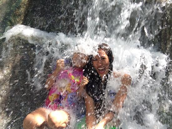 Hagimit Falls照片