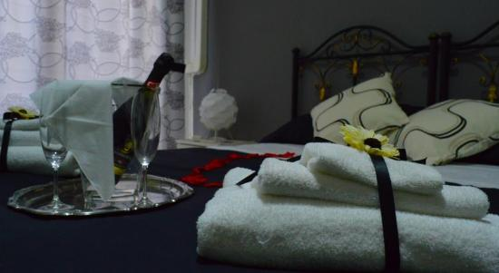 camera da letto - Picture of Alba Camere, Palermo - TripAdvisor