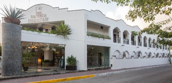 Hacienda Paradise Boutique Hotel by Xperience Hotels: Hotel`s facade/ entrance