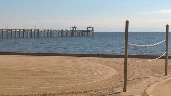 Pascagoula Beach Park Vollyball On The Sand Fishing From Pier Beautiful
