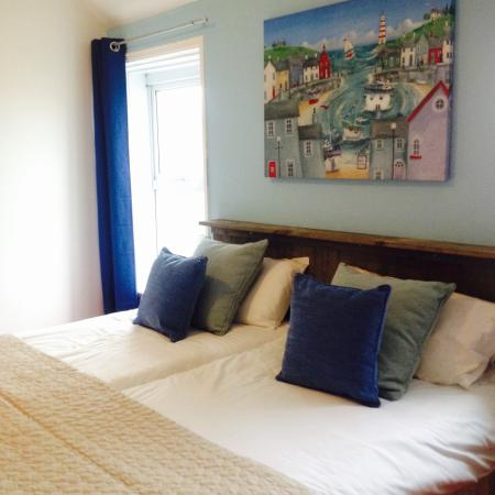 a beach inspired twin room picture of ocean lodge newquay newquay rh tripadvisor co za