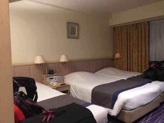 Hotel New Hankyu Kyoto Old And Rundown Rooms