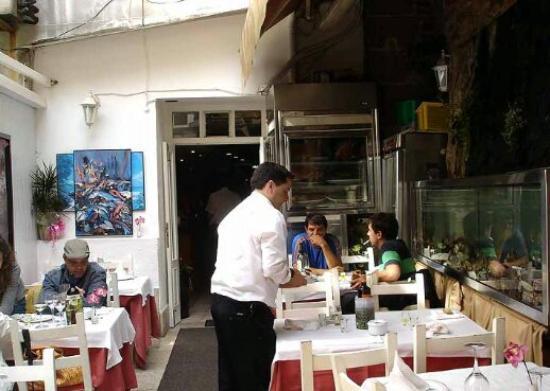Restaurante santiaguino en santiago de compostela con for Cocinas santiago de compostela
