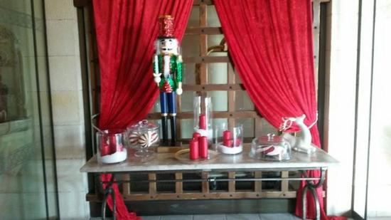 Elysium Hotel: Decorations for Christmas