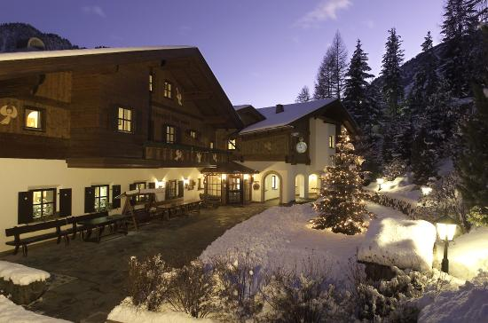 Photo of Hotel Uhrerhof-Deur Ortisei