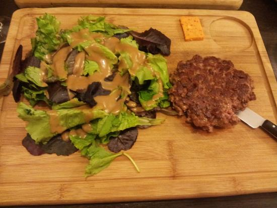 Boulazac, France : Steak haché