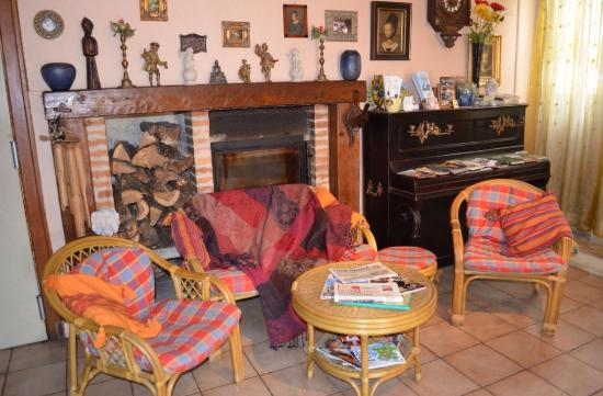 Saint-Cyprien, Frankrike: le salon