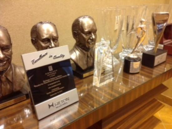Embassy Suites by Hilton Omaha-La Vista/Hotel & Conference Center: Award-Winning Service
