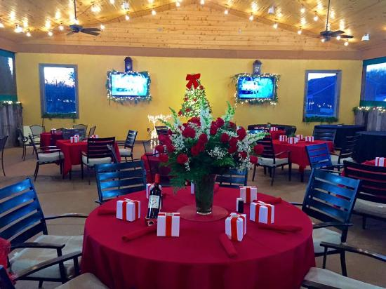 Versailles, KY: Fun holiday party at The Woodford Inn pavilion!