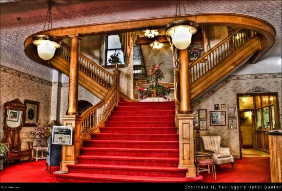 Failinger's Hotel Gunter: Stair case looby