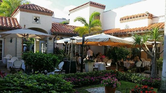 Cafe Via Flora Palm Beach Fl