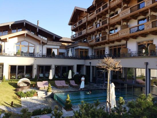 Tolles Wellnesshotel fr Erwachsene Almwellness-Resort