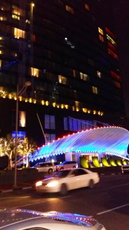 W Doha Hotel & Residences: Entrata nel albergo