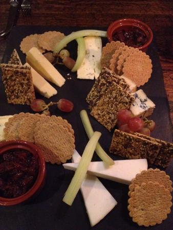 Peak Edge Hotel: Cheeseboard