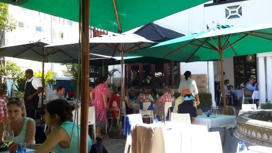 La Mouette: Christmas lunch on the patio