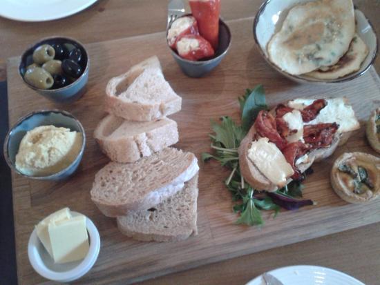 Tideswell, UK: The Veg Sharing Platter