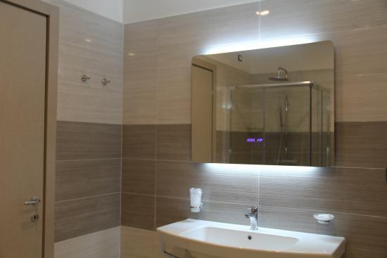 Hotel Delle Canne: bagno camera superior