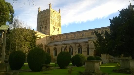 Tewkesbury Abbey: Magnificent structure