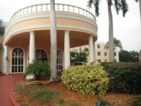la quinta downtown picture of la quinta inn suites by wyndham rh tripadvisor com