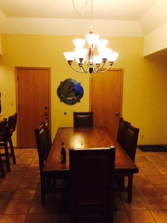 Purgatory Village Condo Hotel: Dining room