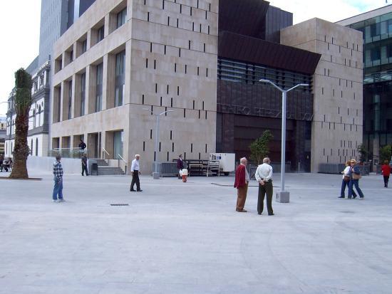 Teatro Pérez Galdós: fachada trasera