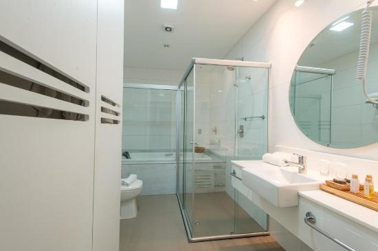 Suíte Master Banheiro Picture Of Gran Odara Hotel Cuiaba