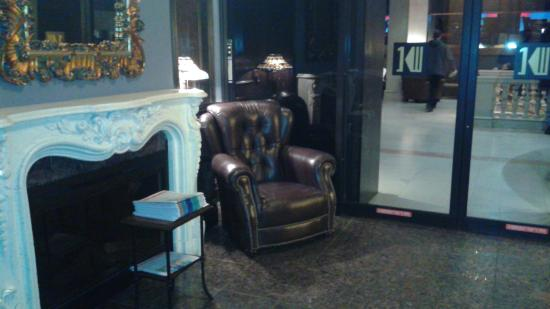 One King West Hotel & Residence: Just off lobby