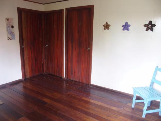 Cabinas Tortuguero : Entrance hall