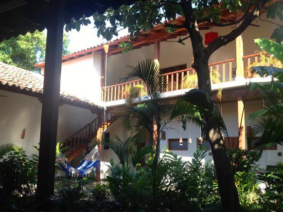 Hotel con Corazon: Inside the hotel