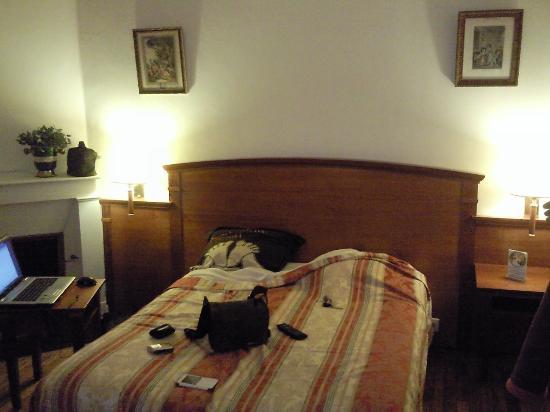 Arnac-Pompadour, Francia: chambre