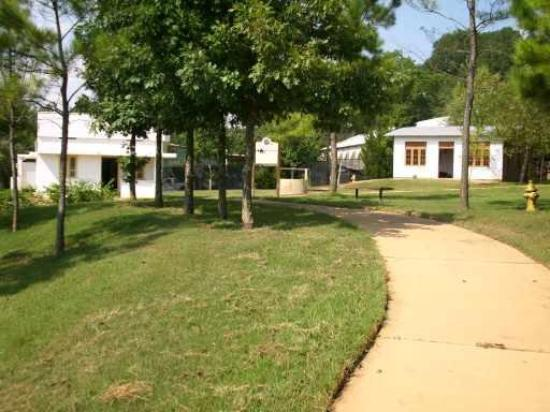 Americus, Géorgie : HFHI Discovery Center and Global Village _ 04
