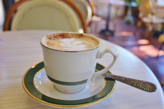 Cafe M: Praline Latte