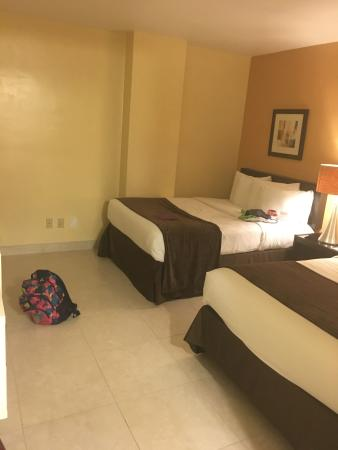 Ramada Plaza Marco Polo Beach Resort Photo
